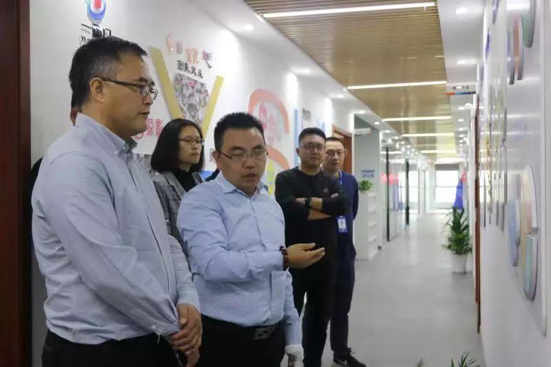 浙江大学物联网产业研究院院长袁康培到访一扇门!